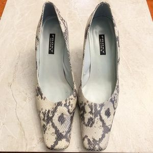Vintage Square Toe Snakeskin leather kitten heels